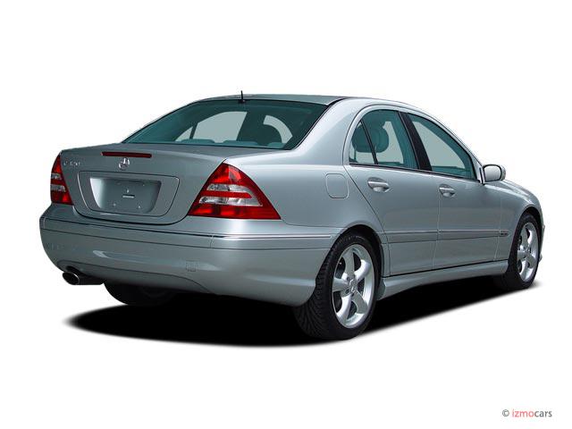 Image 2005 mercedes benz c class 4 door sedan 3 2l for 2005 mercedes benz c class coupe