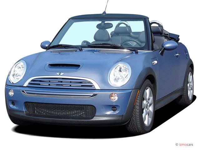 2005 MINI Cooper Convertible 2-door Convertible S Angular Front Exterior View
