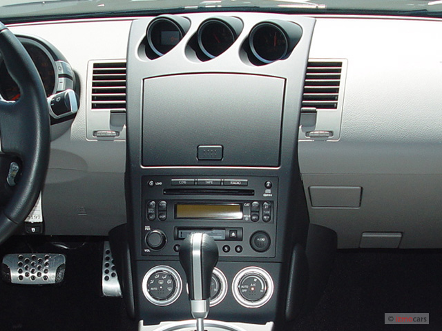 Image: 2005 Nissan 350Z 2-door Coupe Touring Auto ...