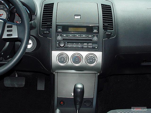 Image: 2005 Nissan Altima 4-door Sedan 2.5 S Auto ...