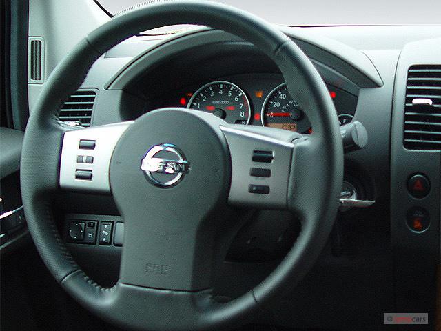 Image: 2005 Nissan Pathfinder LE 4WD Steering Wheel, size ...