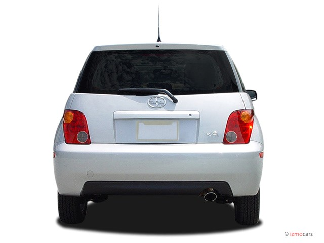 2005 Scion xA 4-door Sedan Auto (Natl) Rear Exterior View