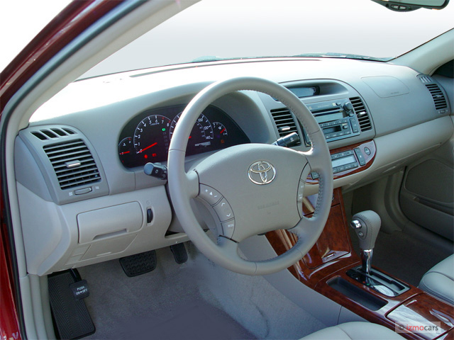 Image: 2005 Toyota Camry 4-door Sedan XLE Auto (Natl ...