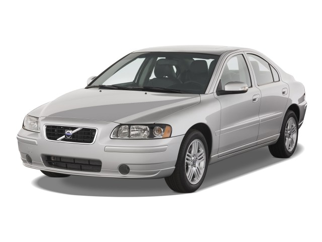 2008 Volvo S60 4-door Sedan 2.5T FWD Angular Front Exterior View