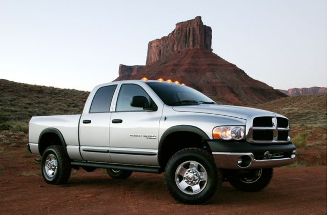 2005 Dodge Ram Power Wagon - front