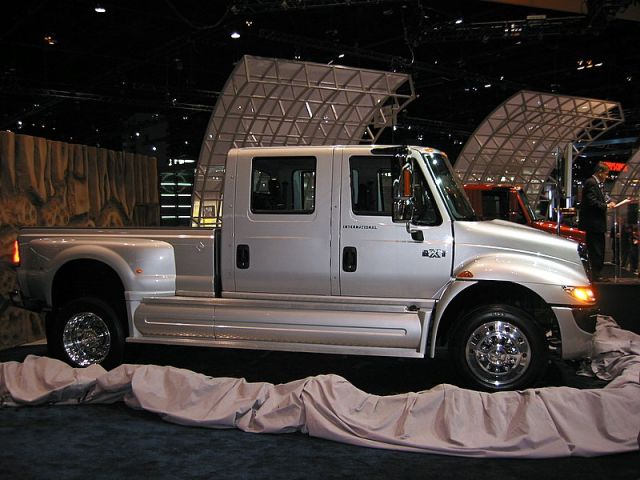 2005 International RXT