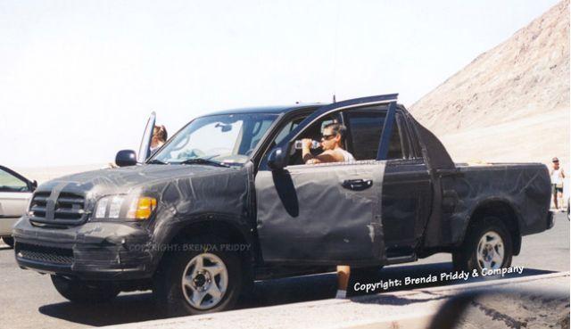 2005 Toyota Tundra spy shot