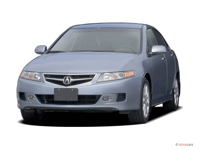 2006 Acura TSX 4-door Sedan AT Angular Front Exterior View