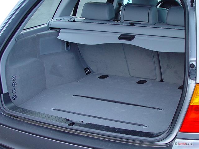 Image BMW Series Xi Door Sport Wagon AWD Trunk Size - Bmw 325xi awd
