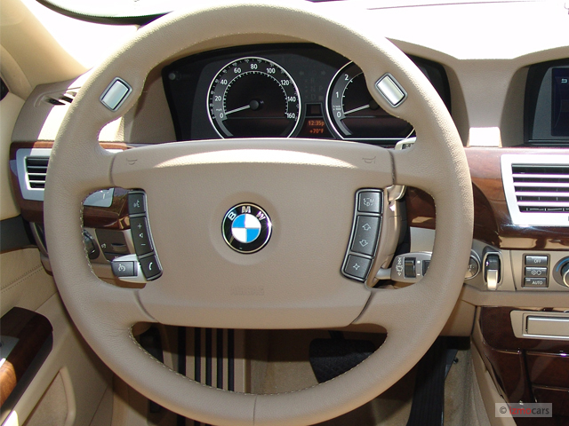 Image 2006 Bmw 7 Series 750li 4 Door Sedan Steering Wheel