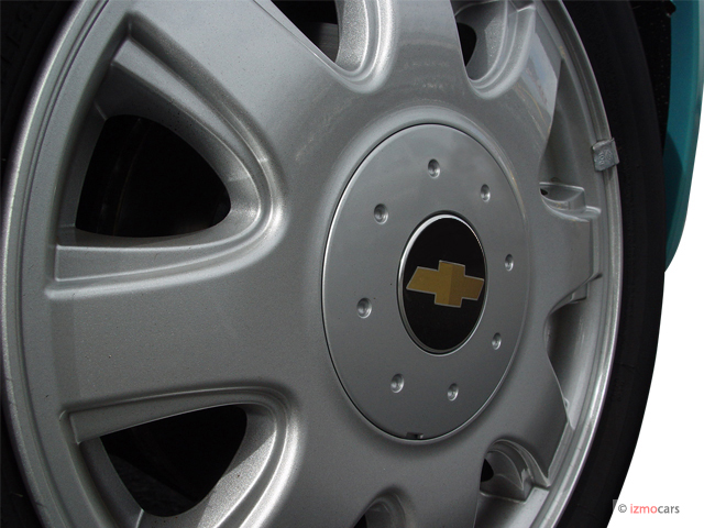 Chevrolet Aveo Door Sedan Ls Wheel Cap M