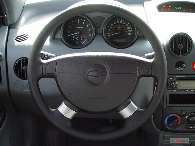 Image: 2006 Chevrolet Aveo 5dr Wagon LS Steering Wheel ...