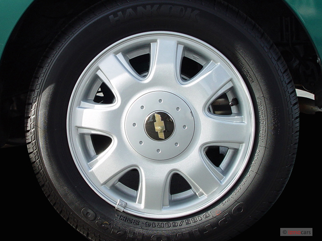 image 2006 chevrolet aveo 5dr wagon ls wheel cap size 640 x 480 type gif posted on. Black Bedroom Furniture Sets. Home Design Ideas