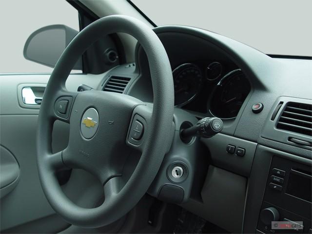 image 2006 chevrolet cobalt 4 door sedan ls steering wheel size 640 x 480 type gif posted. Black Bedroom Furniture Sets. Home Design Ideas