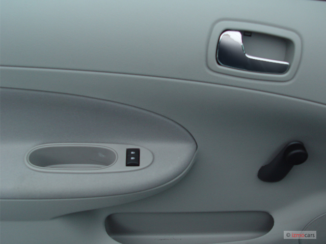 image 2006 chevrolet cobalt 4 door sedan ls door controls. Black Bedroom Furniture Sets. Home Design Ideas