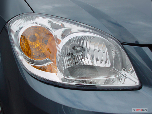 Image: 2006 Chevrolet Cobalt 4-door Sedan LS Headlight ...