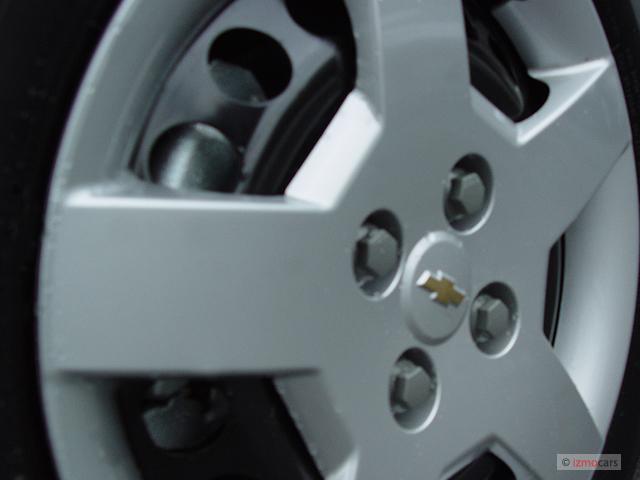 image 2006 chevrolet cobalt 4 door sedan ls wheel cap size 640 x 480 type gif posted on. Black Bedroom Furniture Sets. Home Design Ideas