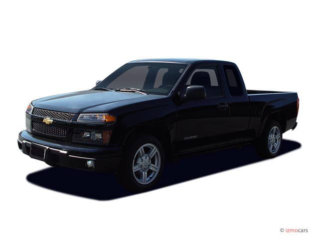 "2006 Chevrolet Colorado Ext Cab 125.9"" WB 2WD Work Truck Angular Front Exterior View"