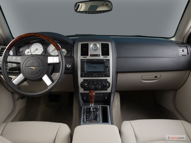 Image 2006 Chrysler 300 Series 4 Door Sedan 300c