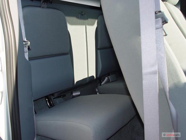 Image: 2006 Dodge Dakota 2-door Club Cab 131 4WD SLT Rear ...