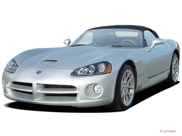 2006 Dodge Viper 2-door Convertible SRT10 Angular Front Exterior View
