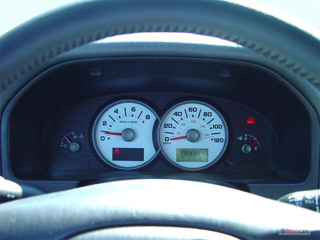 Image: 2006 Ford Escape 4-door 3.0L XLT Instrument Cluster ...