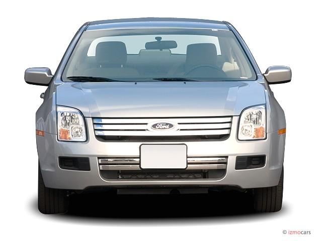 2006 Ford Fusion 4-door Sedan V6 SE Front Exterior View