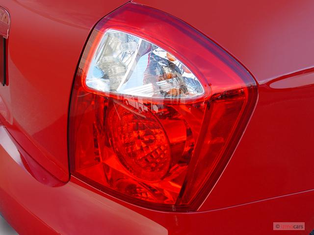 2006 Kia Spectra 5dr HB Spectra5 Auto Tail Light