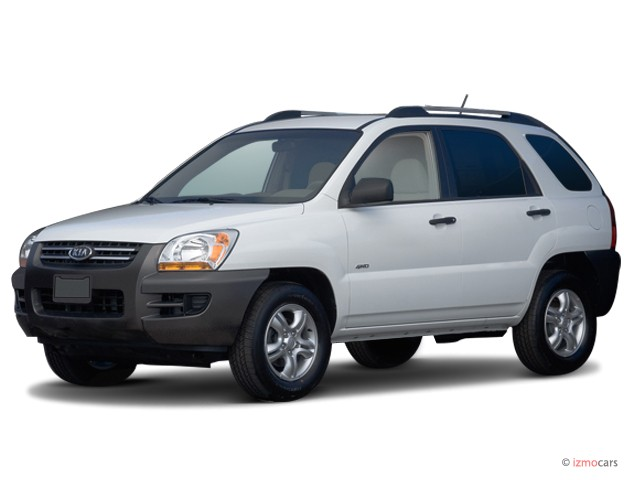 2006 Kia Sportage 4-door LX I4 Manual Angular Front Exterior View