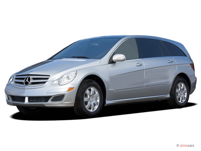 2006 Mercedes-Benz R Class 4-door 4WD 3.5L Angular Front Exterior View