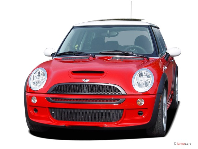 2006 Mini Cooper Hardtop 2 Door Coupe S Angular Front Exterior View