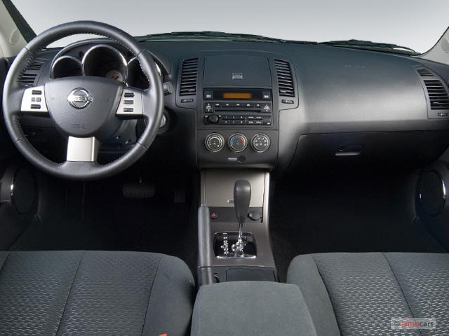 image 2006 nissan altima 4 door sedan 2 5 s auto. Black Bedroom Furniture Sets. Home Design Ideas