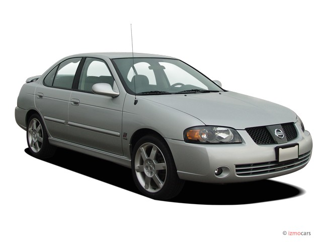 2006 Nissan Sentra 4-door Sedan SE-R Spec V Manual Angular Front Exterior View