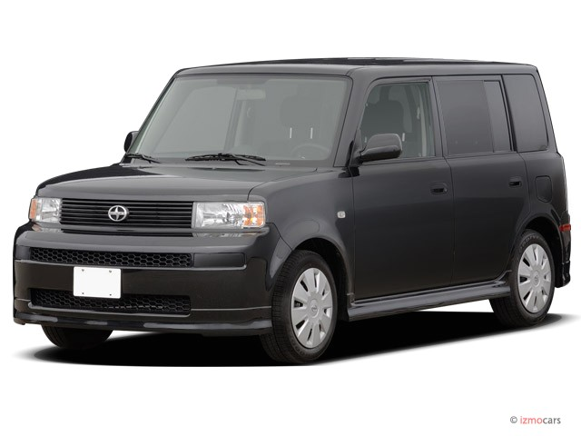 2006 Scion xB 5dr Wagon Auto (Natl) Angular Front Exterior View