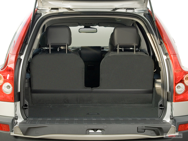 image 2006 volvo xc90 4 4l v8 awd auto trunk size 640 x. Black Bedroom Furniture Sets. Home Design Ideas
