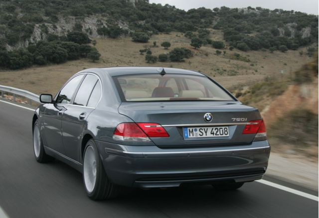 2005 2008 Bmw 7 Series Recalled Due To Potential Roll Away Issue
