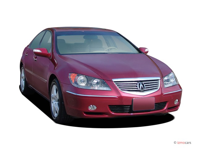 2007 Acura RL 4-door Sedan AT (Natl) Angular Front Exterior View
