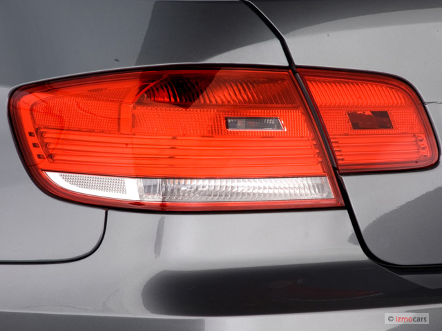 image 2007 bmw 3 series 2 door coupe 335i rwd tail light. Black Bedroom Furniture Sets. Home Design Ideas