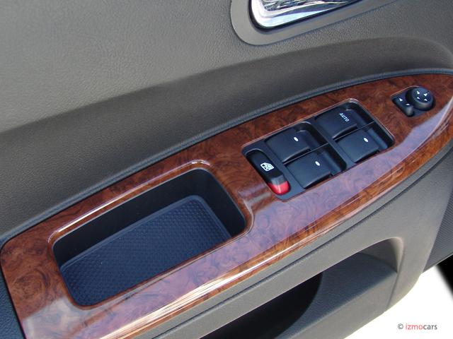 Image: 2007 Buick LaCrosse 4-door Sedan CXS Door Controls ...
