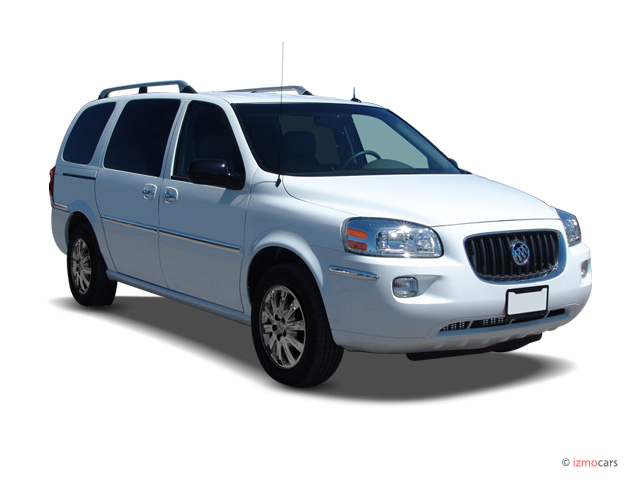 2007 Buick Terraza 4-door CXL *Ltd Avail* Angular Front Exterior View
