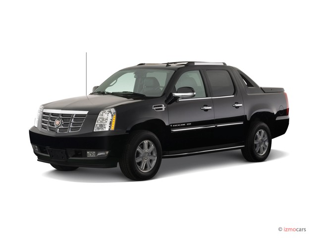 2007 Cadillac Escalade EXT AWD 4-door Angular Front Exterior View