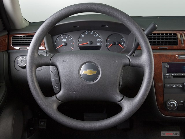 Image: 2007 Chevrolet Impala 4-door Sedan LS Steering ...