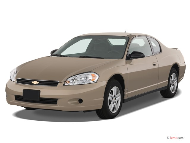 2007 Chevrolet Monte Carlo 2-door Coupe LS Angular Front Exterior View