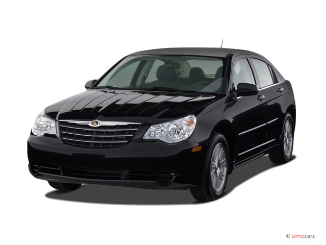 2007 Chrysler Sebring Sedan 4-door Angular Front Exterior View