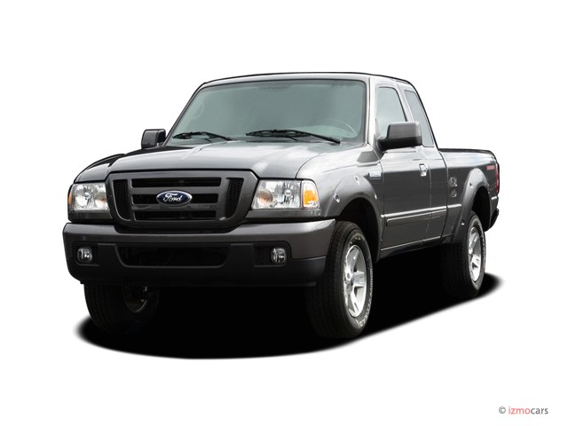 "2007 Ford Ranger 2WD 2-door SuperCab 126"" Sport Angular Front Exterior View"