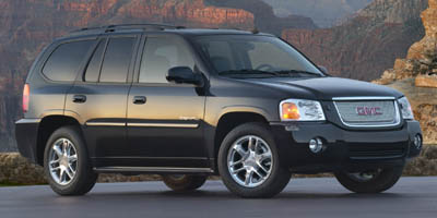 gmc envoy vs chevy trailblazer