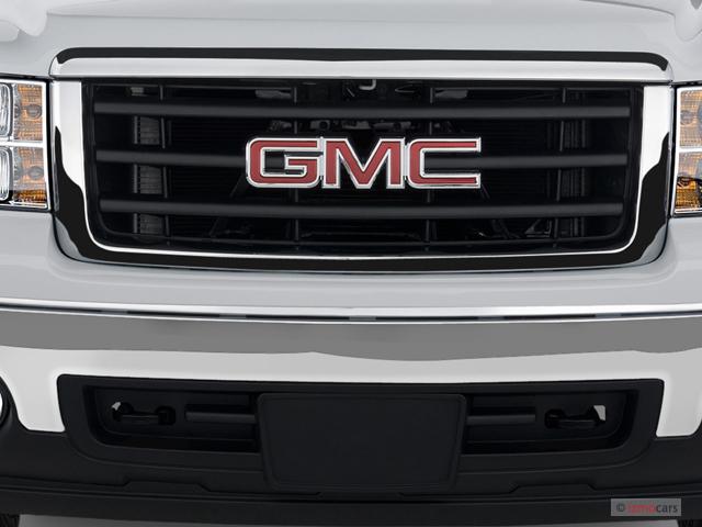 "2007 GMC Sierra 1500 2WD Crew Cab 143.5"" SLE2 Grille"