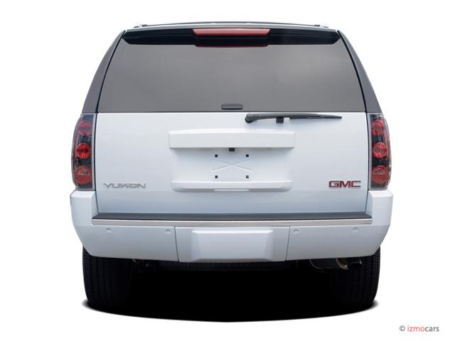 Image: 2007 GMC Yukon Denali AWD 4-door Rear Exterior View ...
