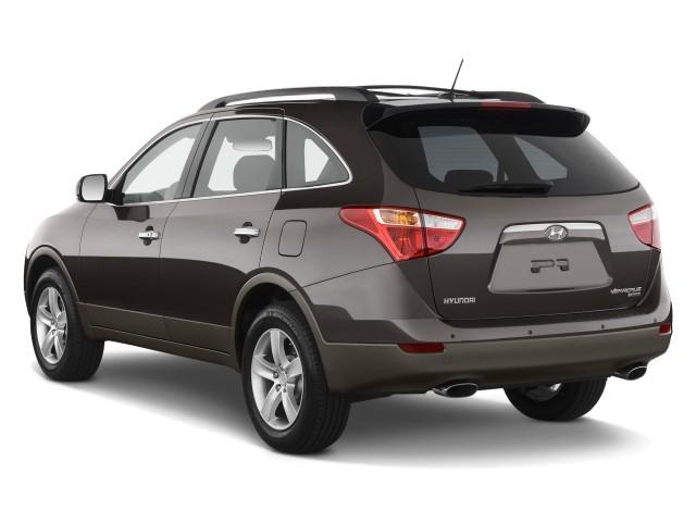 Angular Rear Exterior View - 2010 Hyundai Veracruz FWD 4-door Limited