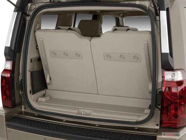 image 2007 jeep commander 2wd 4 door limited trunk size. Black Bedroom Furniture Sets. Home Design Ideas